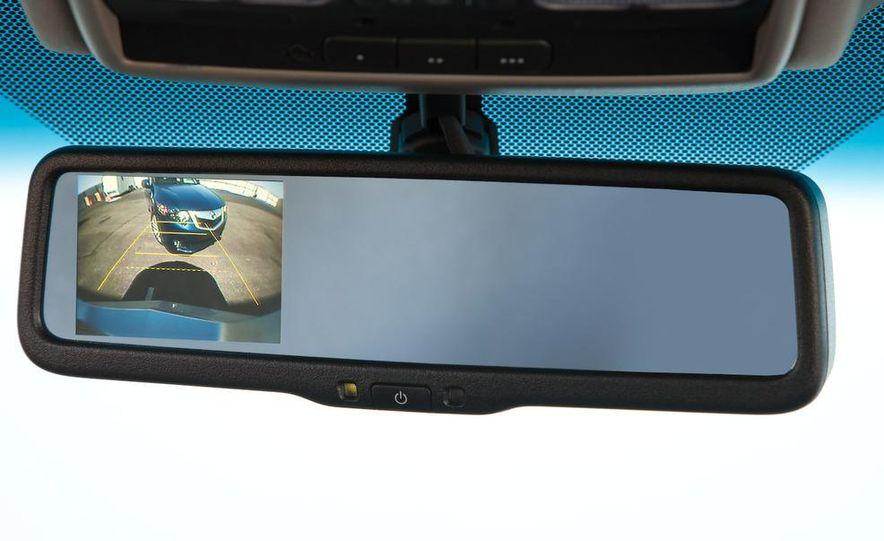 2010 Acura RDX interior - Slide 34