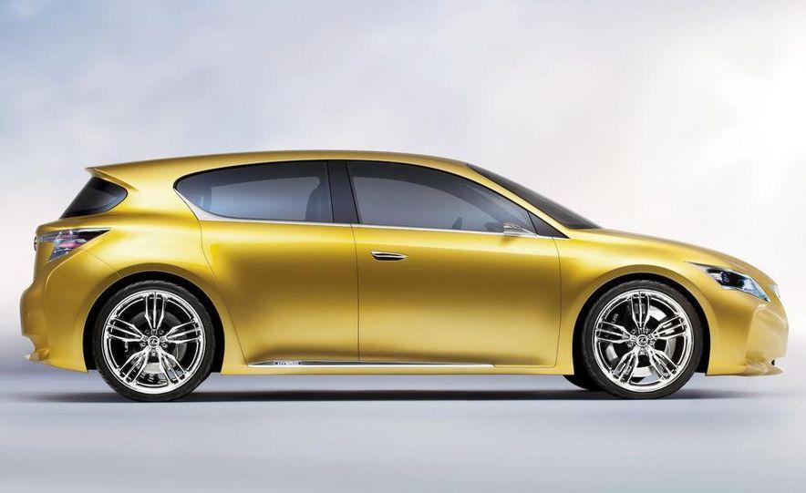 Lexus LF-Ch concept - Slide 34