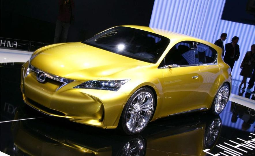 Lexus LF-Ch concept - Slide 6