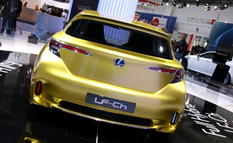 Lexus LF-Ch concept - Slide 4
