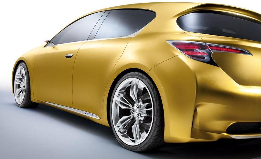 Lexus LF-Ch concept - Slide 30