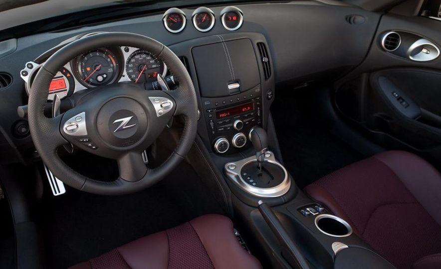 2010 Nissan 370Z roadster - Slide 19