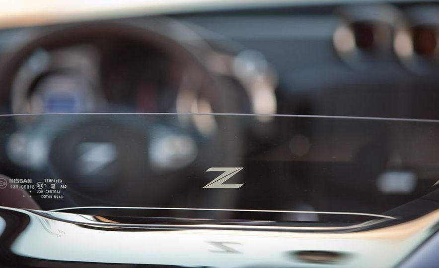 2010 Nissan 370Z roadster - Slide 21
