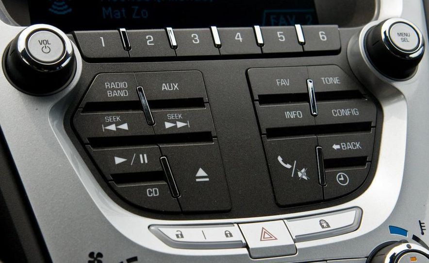 2010 Chevrolet Equinox LT - Slide 47