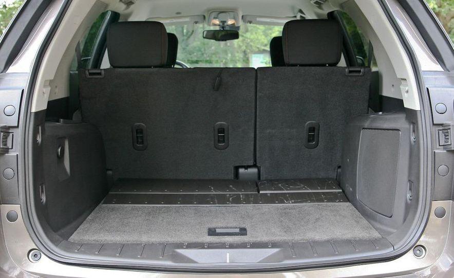 2010 Chevrolet Equinox LT - Slide 9