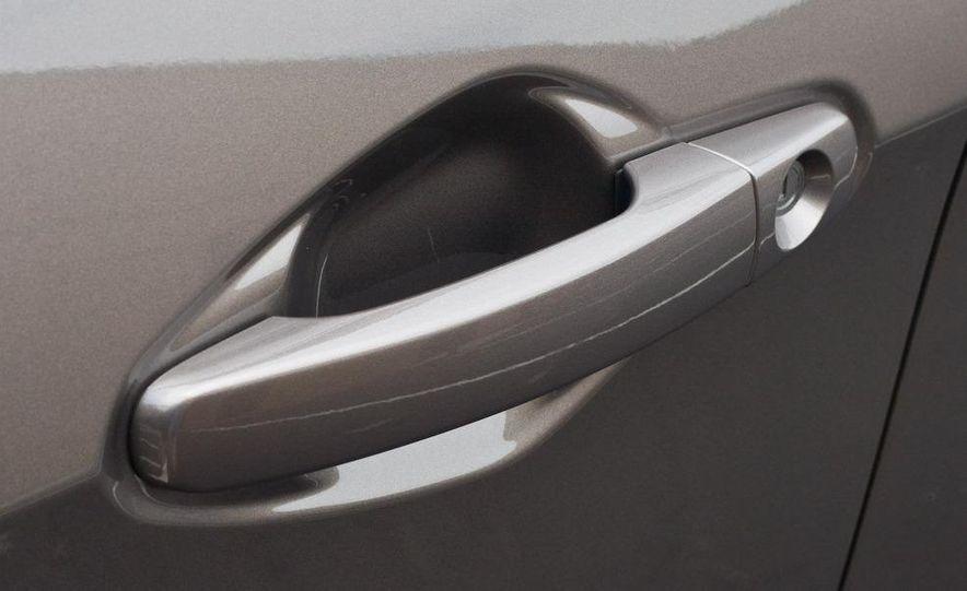 2010 Chevrolet Equinox LT - Slide 60