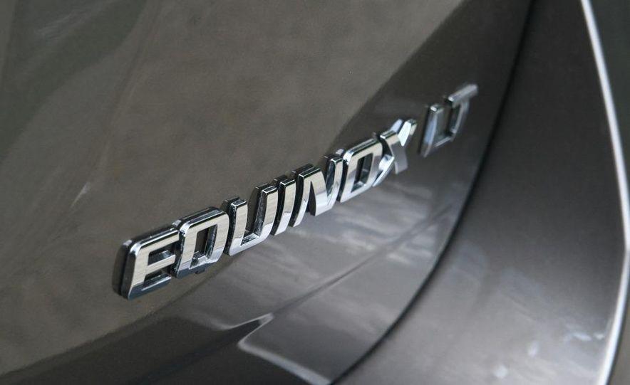 2010 Chevrolet Equinox LT - Slide 8