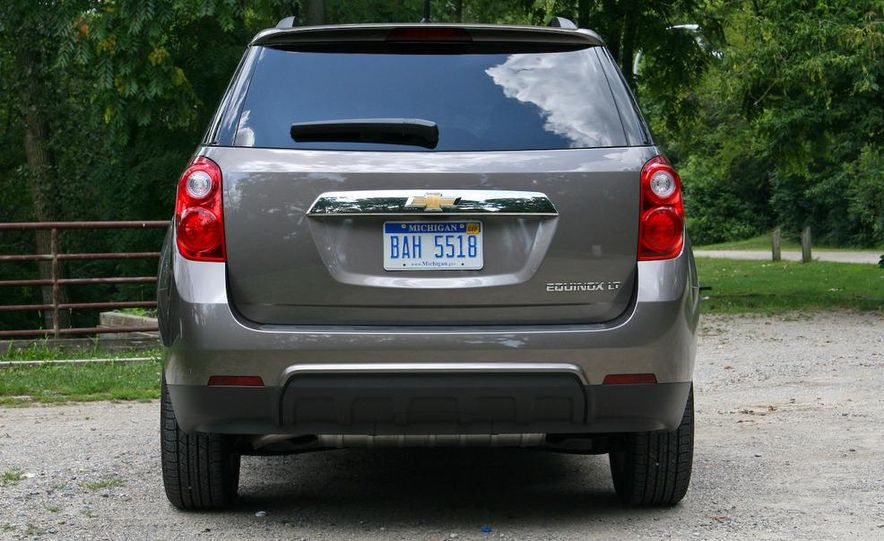 2010 Chevrolet Equinox LT - Slide 14