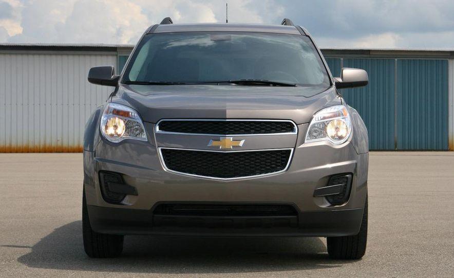 2010 Chevrolet Equinox LT - Slide 22