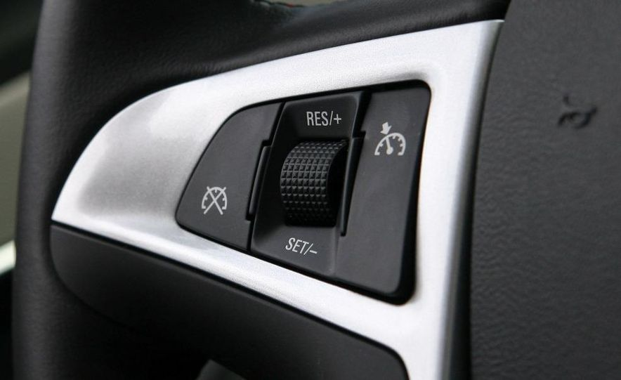 2010 Chevrolet Equinox LT - Slide 36