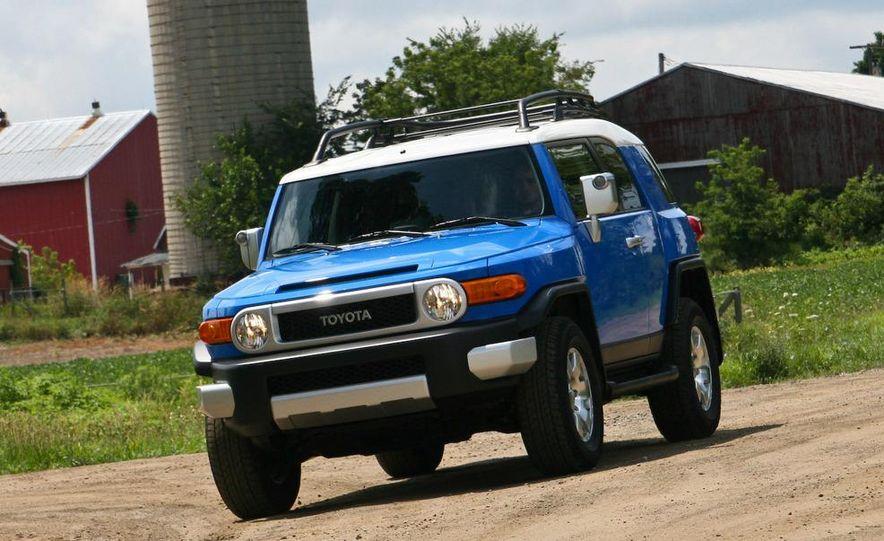 2009 Toyota FJ Cruiser door badge - Slide 55