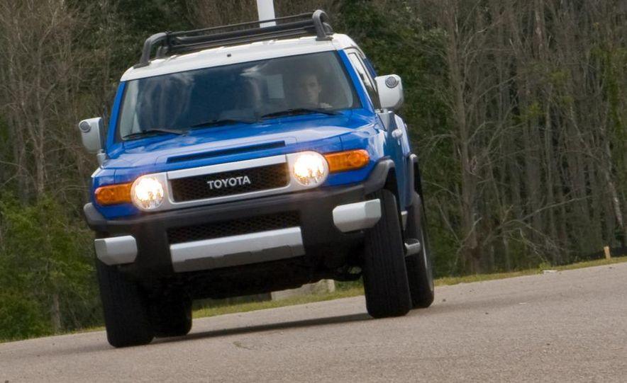 2009 Toyota FJ Cruiser door badge - Slide 70