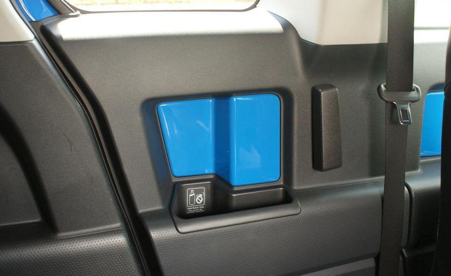 2009 Toyota FJ Cruiser door badge - Slide 35