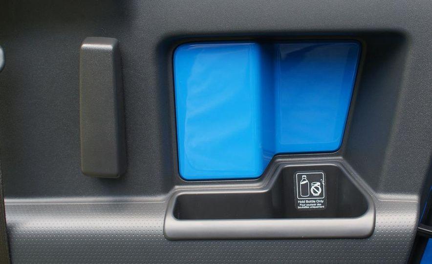 2009 Toyota FJ Cruiser door badge - Slide 65