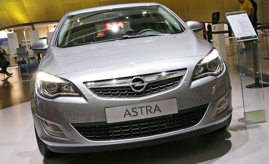 2010 Opel Astra Turbo - Slide 2