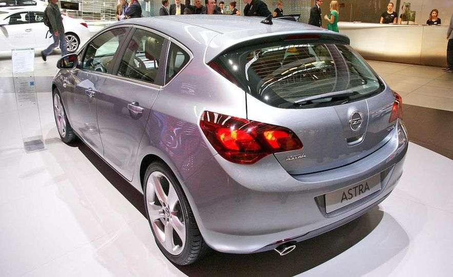 2010 Opel Astra Turbo - Slide 3
