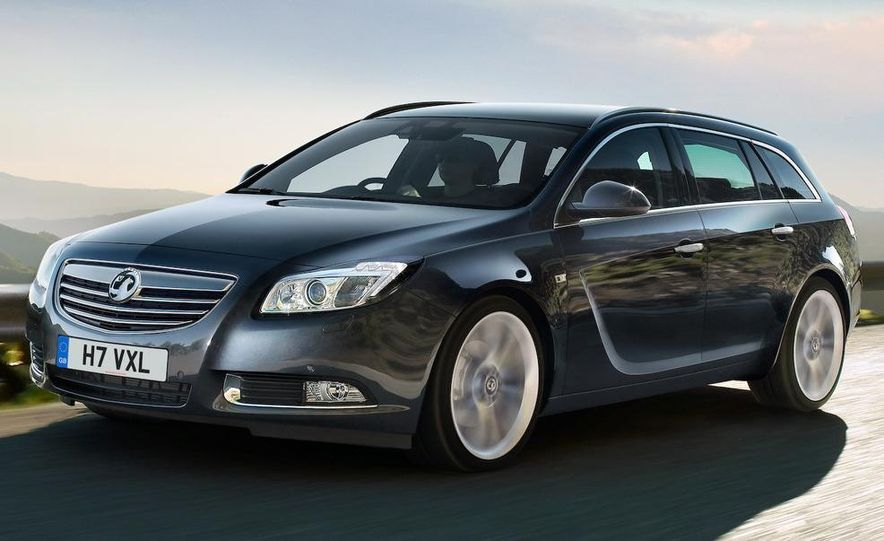 2009 Vauxhall Insignia Sports Tourer - Slide 1