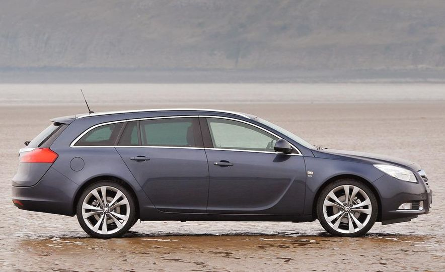 2009 Vauxhall Insignia Sports Tourer - Slide 6