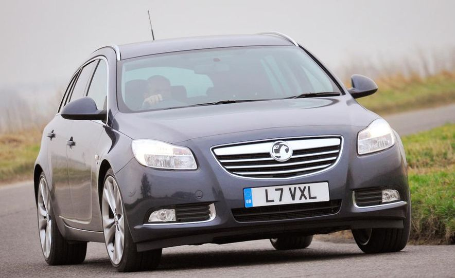 2009 Vauxhall Insignia Sports Tourer - Slide 5