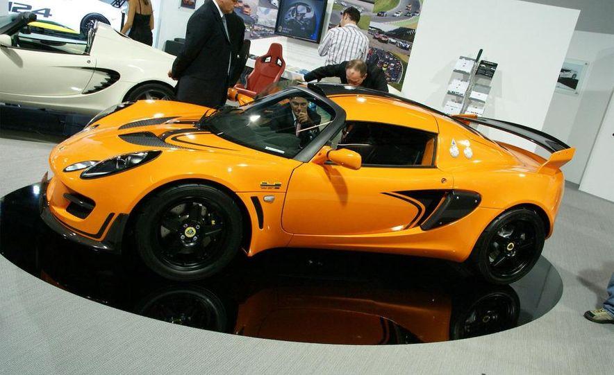 2010 Lotus Exige Cup 260 - Slide 1