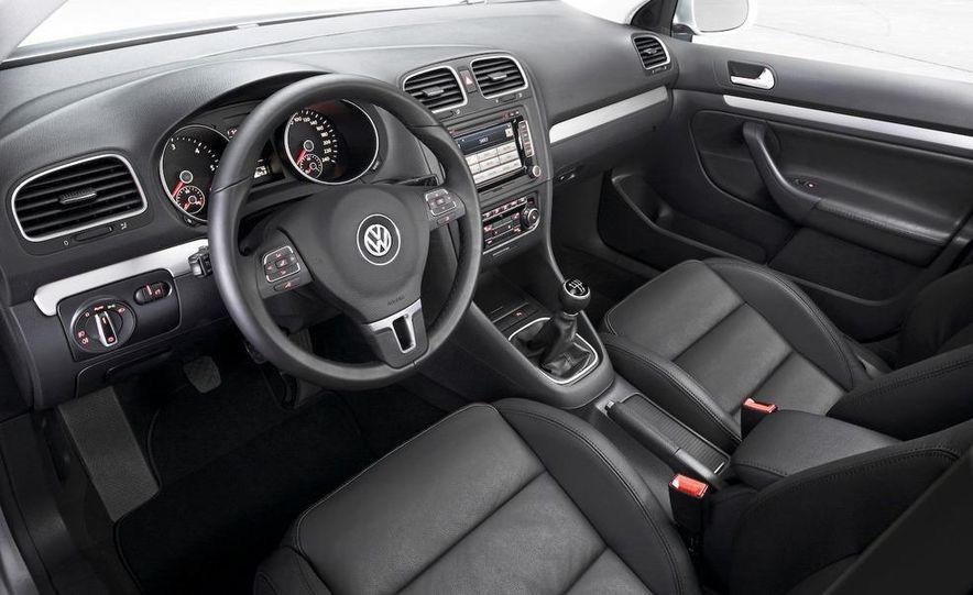 2009 / 2010 Volkswagen Golf VI 2.0 TDI Diesel (European spec) - Slide 18