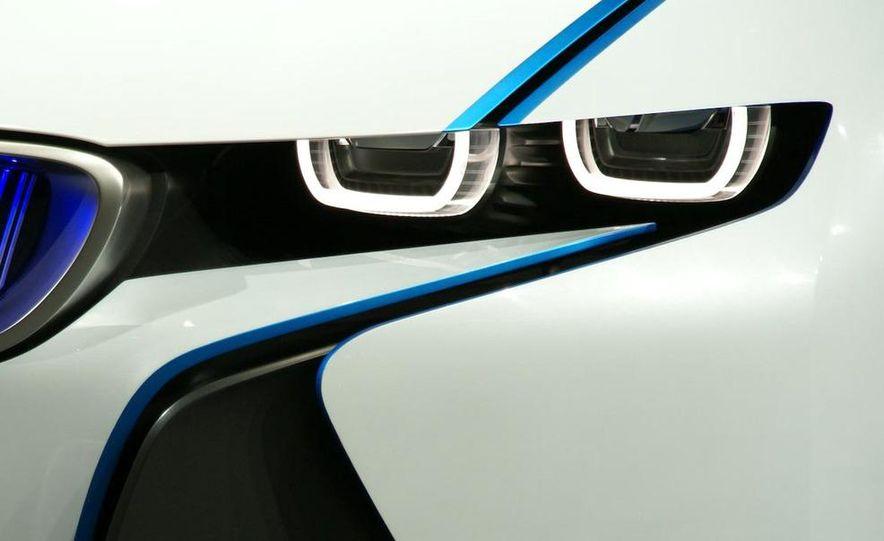 BMW Vision EfficientDynamics Concept - Slide 26