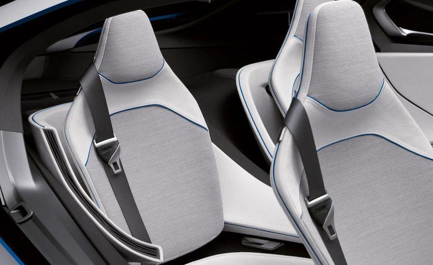 BMW Vision EfficientDynamics Concept - Slide 37