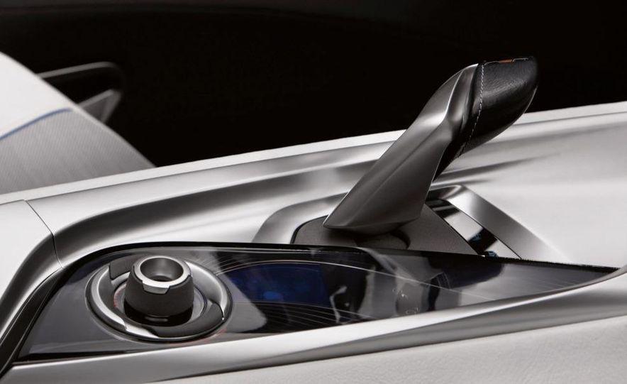 BMW Vision EfficientDynamics Concept - Slide 36