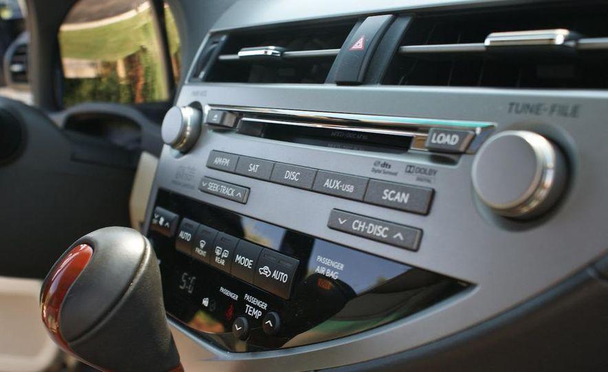 2010 Lexus RX450h - Slide 51