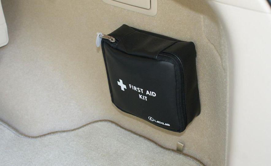 2010 Lexus RX450h - Slide 48