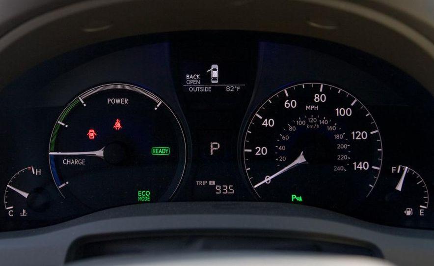 2010 Lexus RX450h - Slide 45