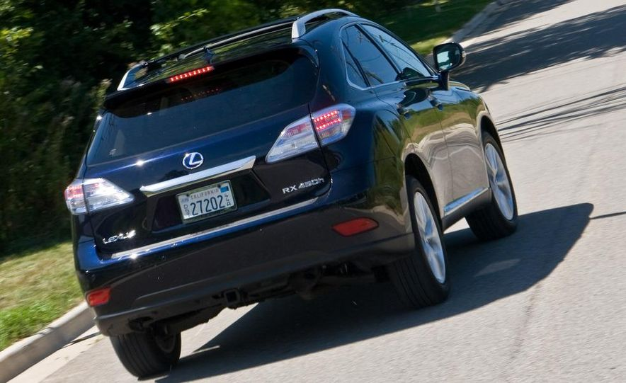 2010 Lexus RX450h - Slide 16
