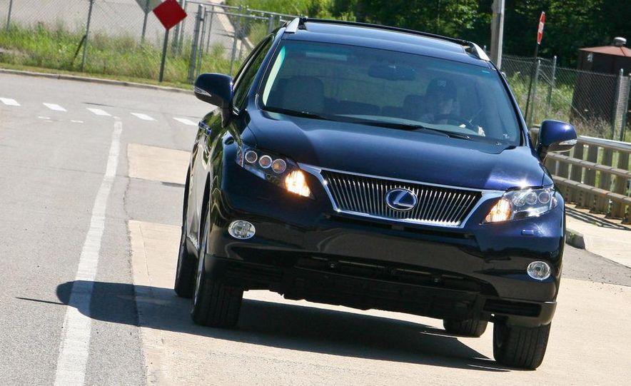 2010 Lexus RX450h - Slide 18
