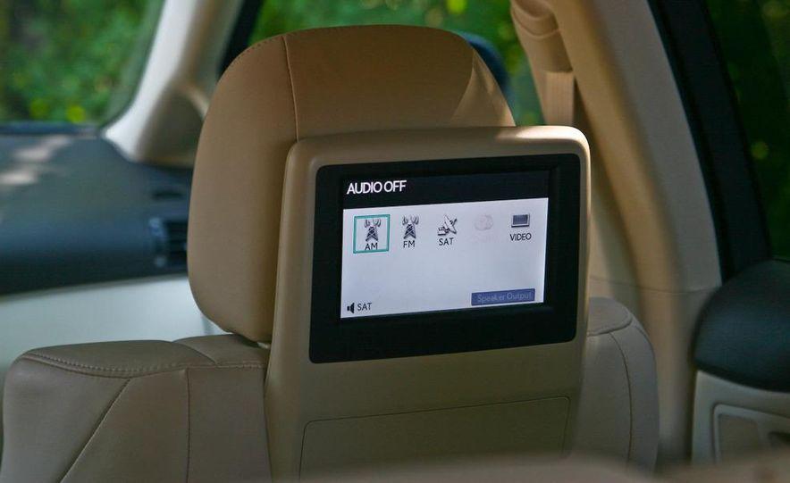 2010 Lexus RX450h - Slide 37