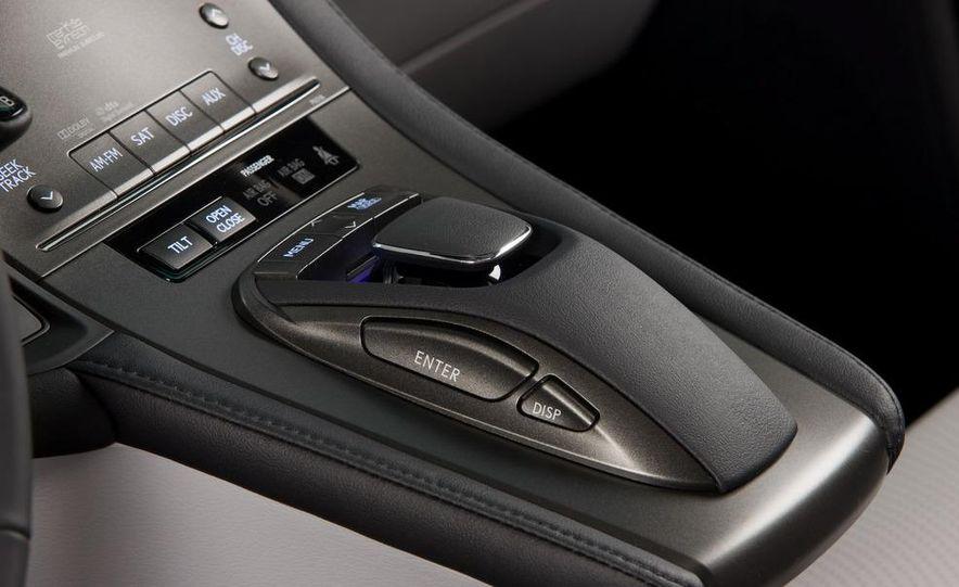 2010 Lexus LS600hL - Slide 8