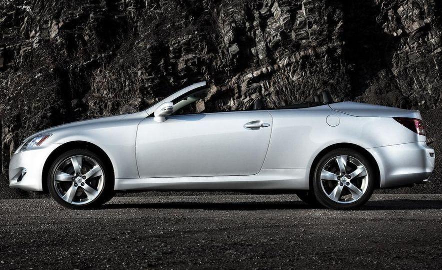 2010 Lexus LS600hL - Slide 25