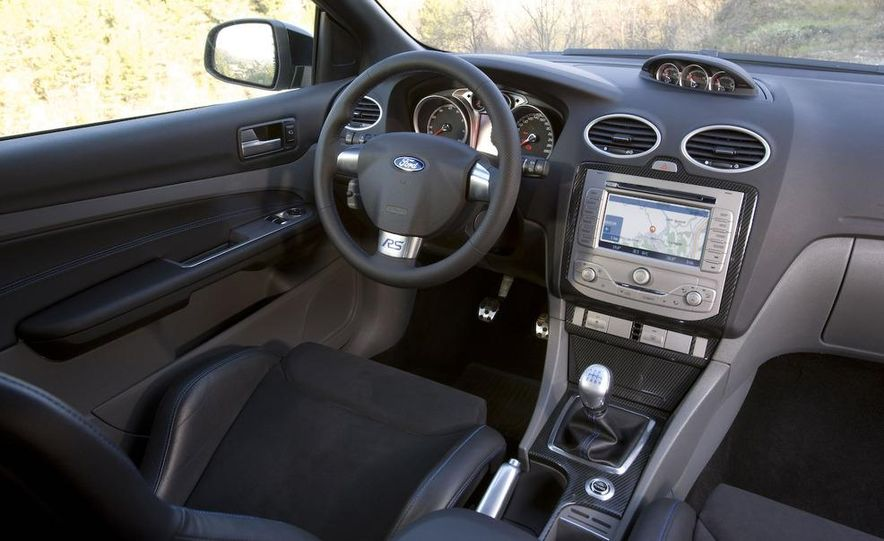 2011 Ford C-Max (Euro spec) - Slide 17