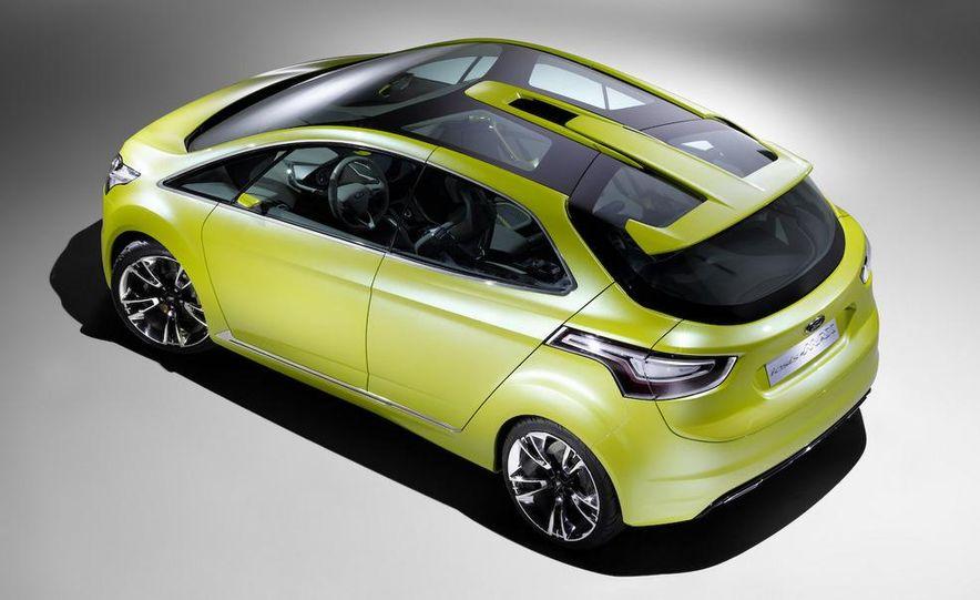 2011 Ford C-Max (Euro spec) - Slide 4