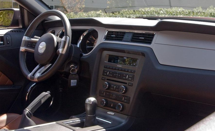 2010 Ford Mustang V-6 - Slide 31