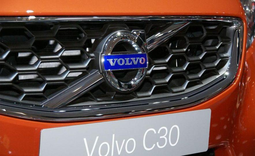 2010 Volvo C30 - Slide 5