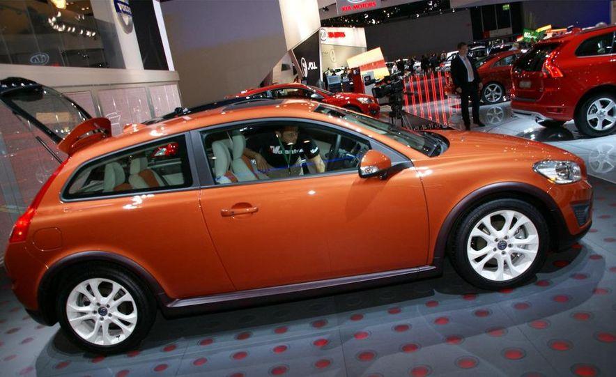2010 Volvo C30 - Slide 3