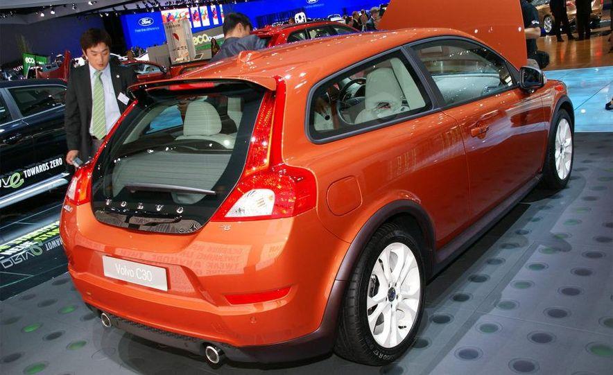 2010 Volvo C30 - Slide 11