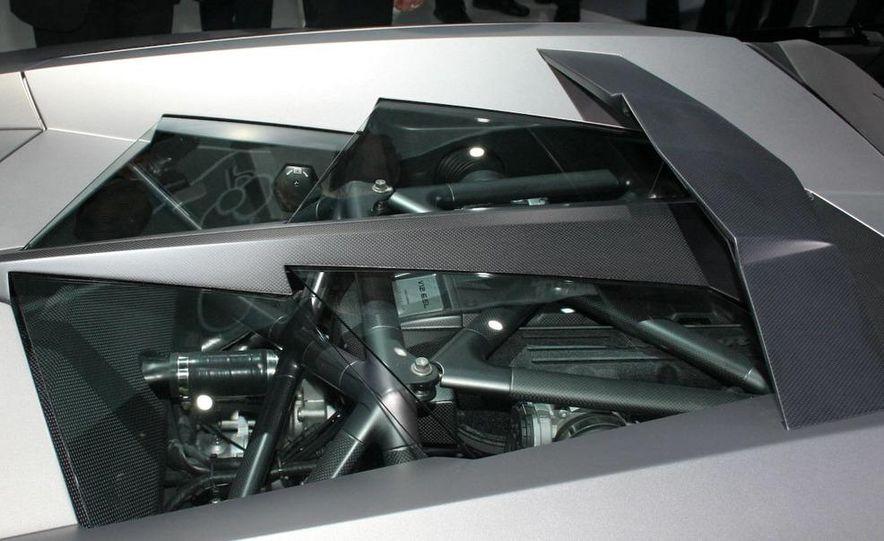 2010 Lamborghini Reventón roadster - Slide 11