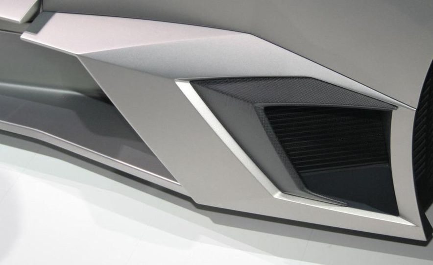 2010 Lamborghini Reventón roadster - Slide 25