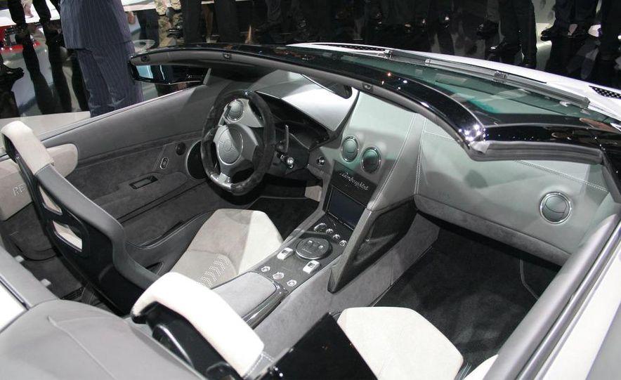 2010 Lamborghini Reventón roadster - Slide 10