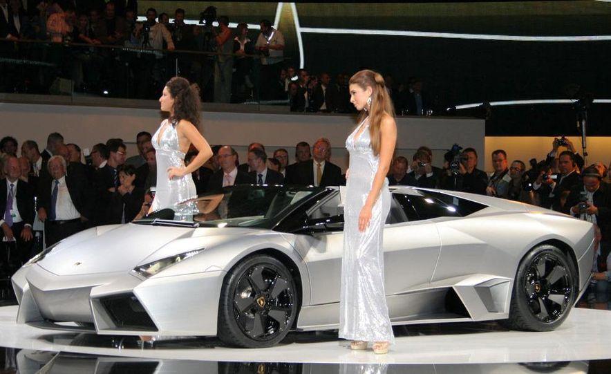 2010 Lamborghini Reventón roadster - Slide 3