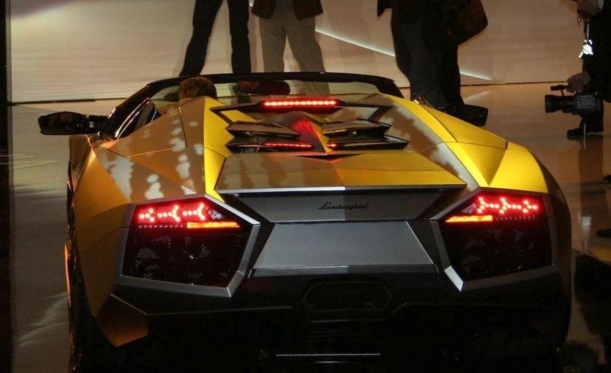 2010 Lamborghini Reventón roadster - Slide 7