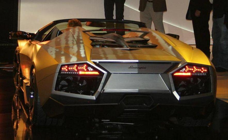 2010 Lamborghini Reventón roadster - Slide 8