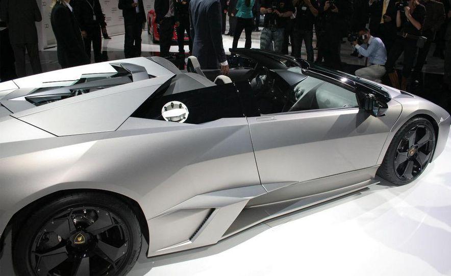2010 Lamborghini Reventón roadster - Slide 15