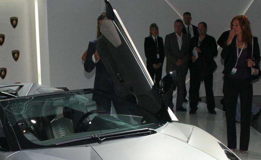 2010 Lamborghini Reventón roadster - Slide 18